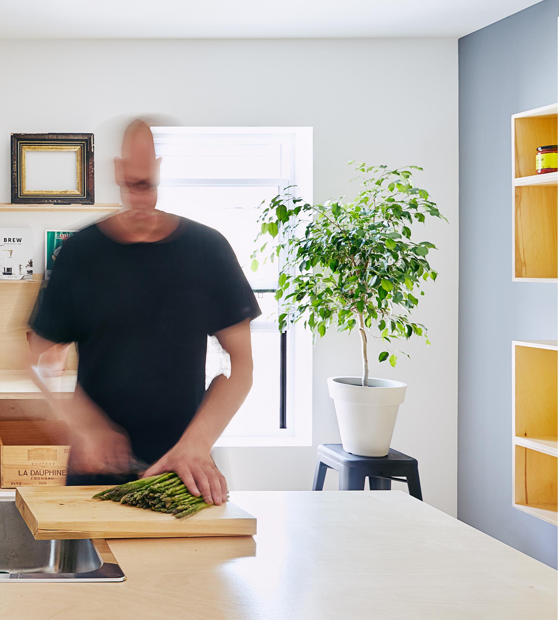 ALEX_kitchen_MV1.jpg