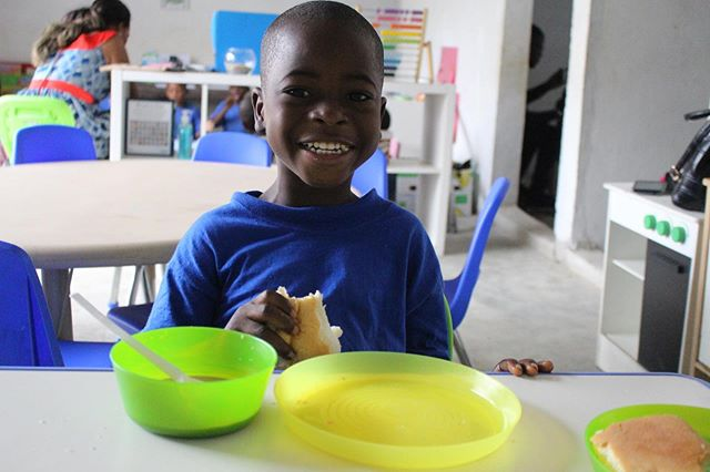 Enjoy your weekend with this bright smile! We provide meals because hungry 😋 bellies can't learn. Over 6000 meals distributed to date!  Join us at theksp.org #karatschoolproject #karatschool #education #children #fighthunger