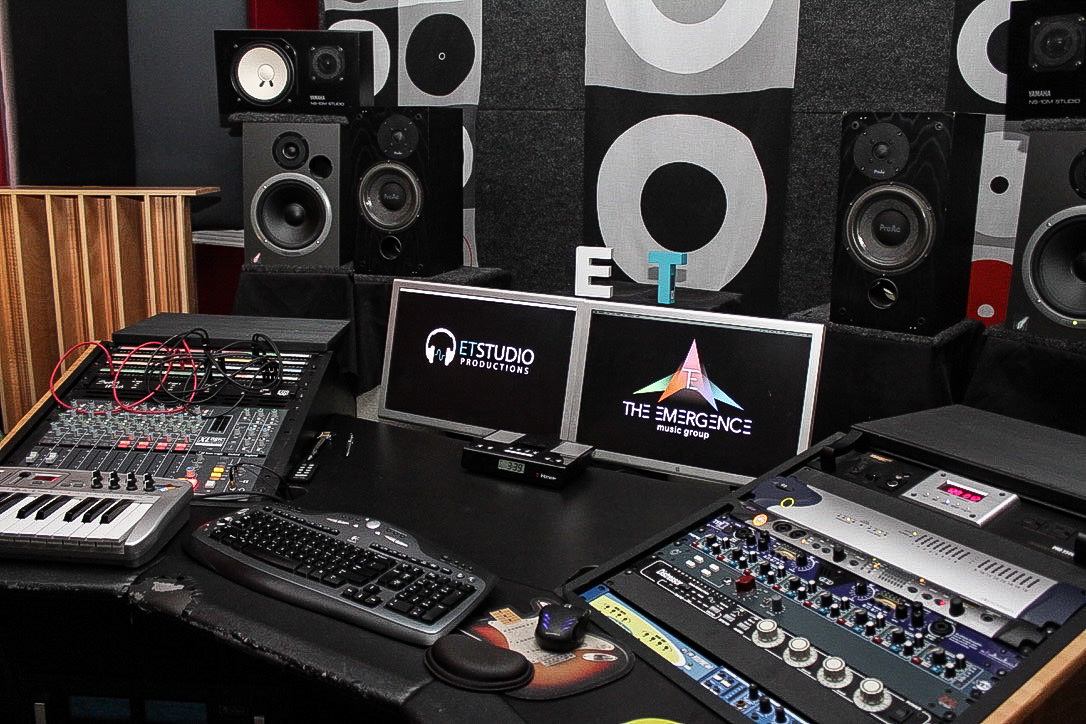 Our Mission - Our mission is to provide the very best creative environment for recording artists, singers, songwriters, and musicians to capture their musical vision.