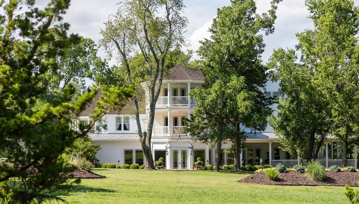 Pratt Place Inn & Barn: - An elegant oasis embracing an award winning boutique hotel