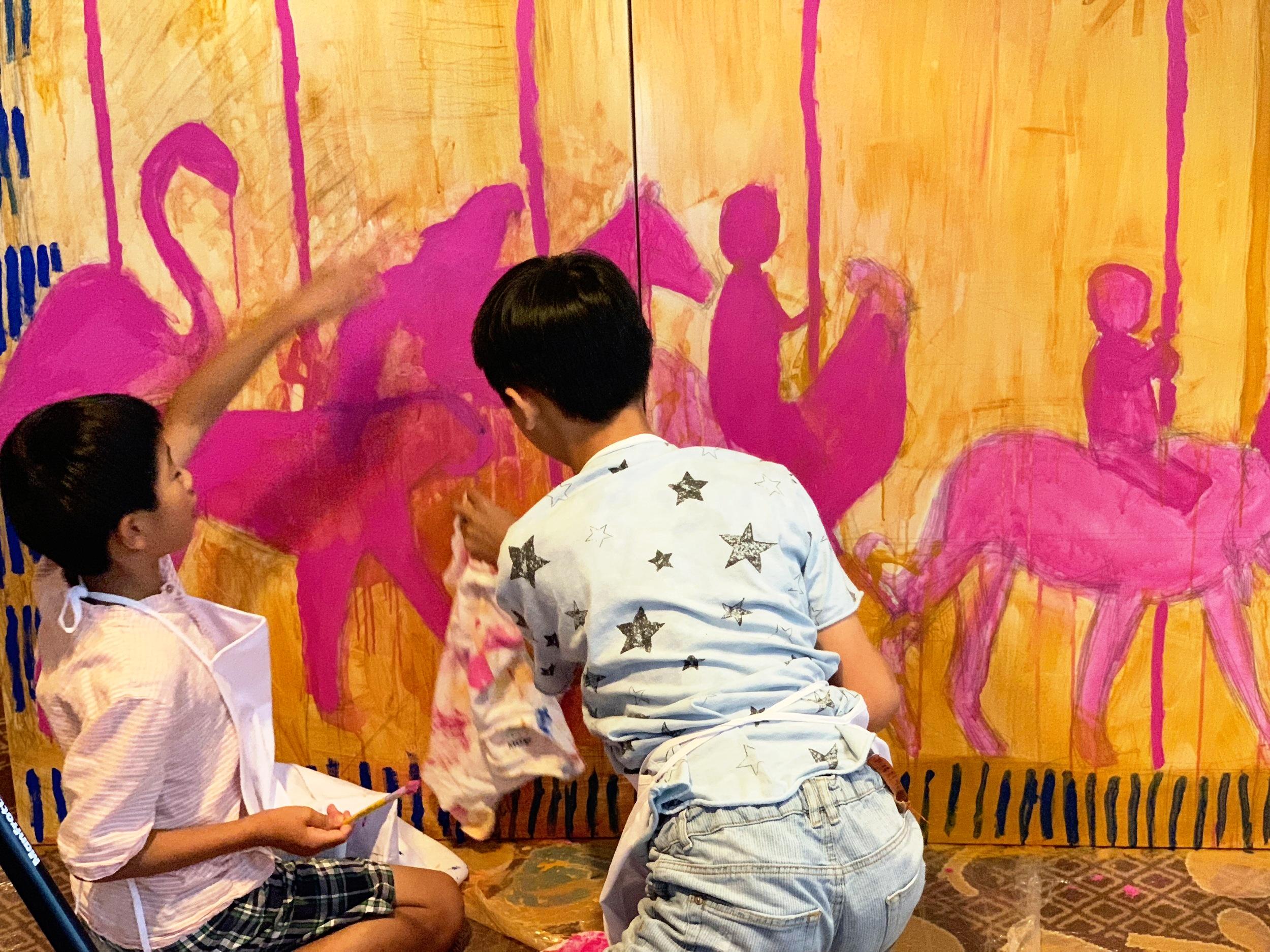 Swirl-Mural-ArtistAtPlay-FourSeasons-DC.jpg