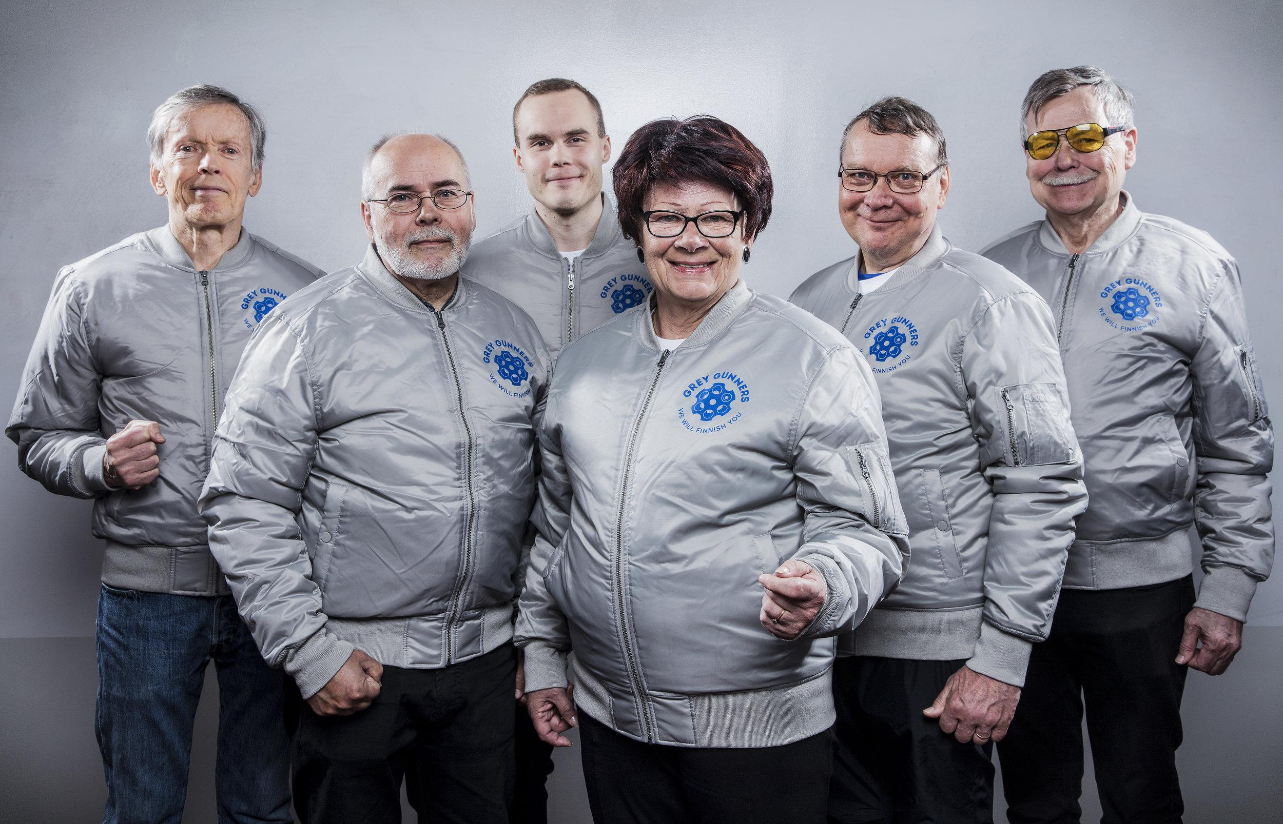 Grey-Gunners-Team_w_jackets.jpg