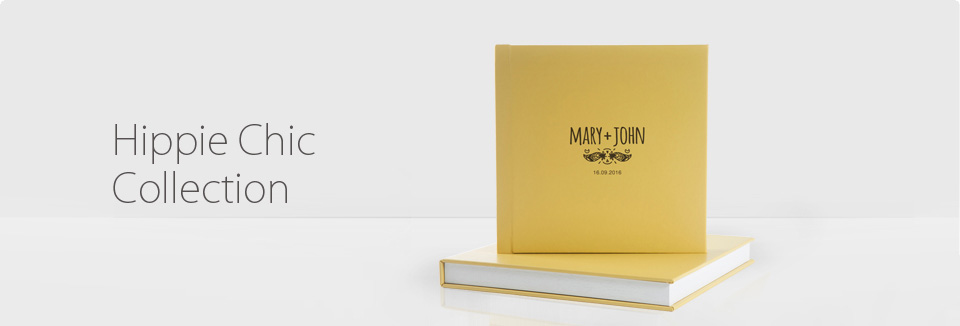 The Hippie Chic Collection album is perfect for minimalist couples. Its smooth cover allows UV printing of your first names. It is very light and its low price makes it easy to order it in 3 copies.  It also comes with a protective box with a lid identical to the cover of the album.