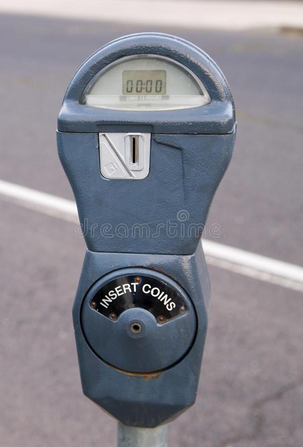vintage-coin-paid-parking-meter-streetside-spokane-washington-spoakne-has-not-upgraded-thier-meters-to-credit-card-variety-44781016.jpg