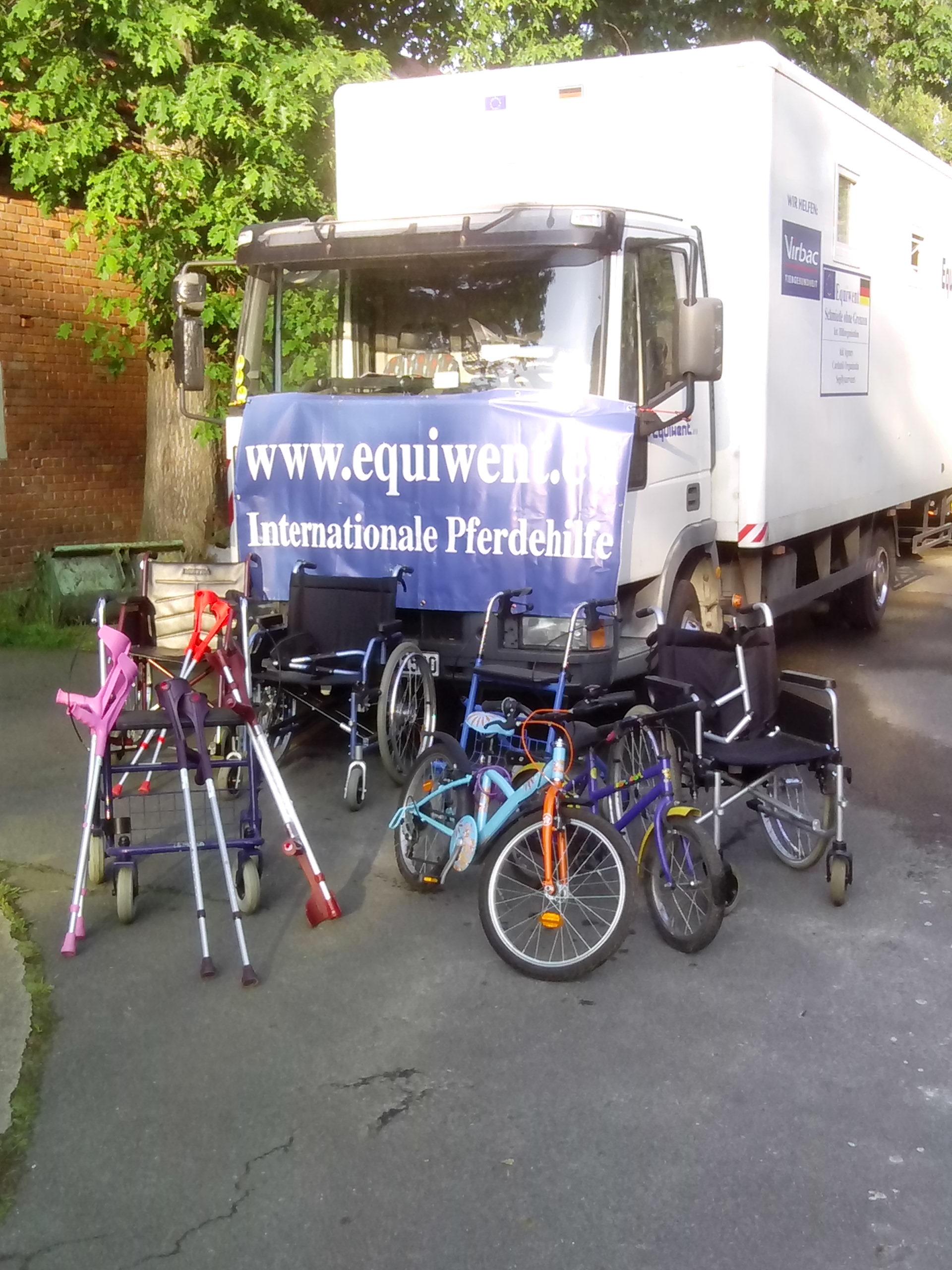 Ab sofort beliefert Equiwent auch Menschen mit Rollstühlen und Rollatoren in Osteuropa. Denn diese Menschen sind bettelarm!   Equiwent-Wir schauen nicht weg!!!