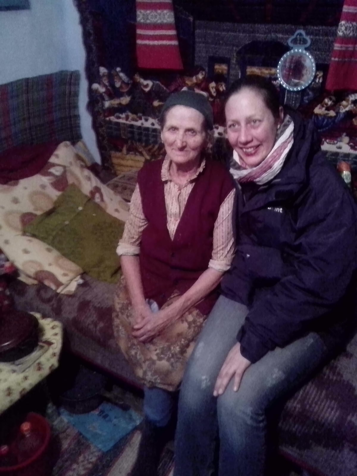 Kann man einfach eine fremde Oma mit Holzbein adoptieren?