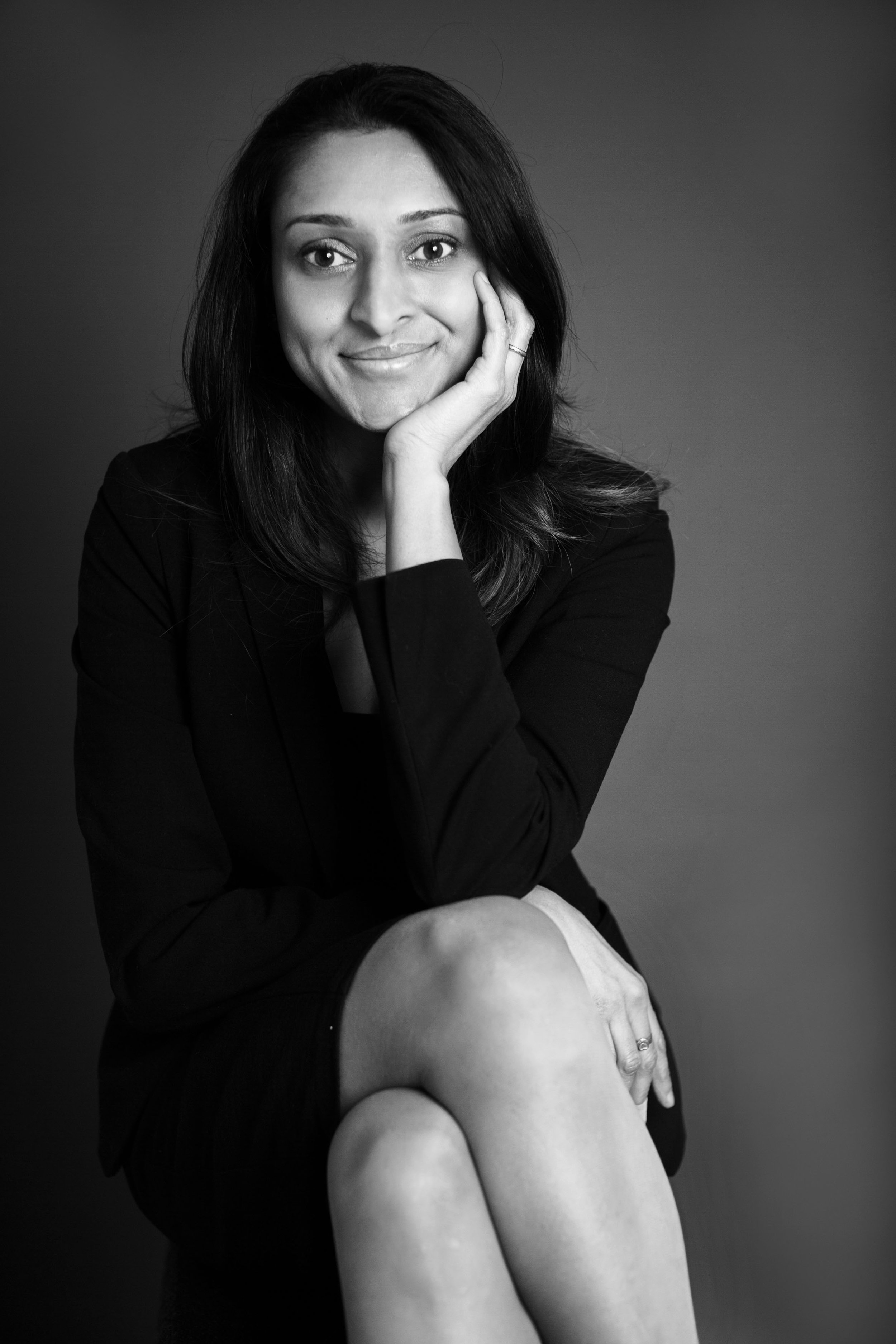 """Hetal Patel - Investment Planning, Reading - """"I'm not keen on having photos taken at all but Sunny was fantastic and I left my head shot photo session feeling really relaxed and full of smiles. He made it a pleasurable experience which is saying something from me! I couldn't thank him enough and I highly recommend him."""""""