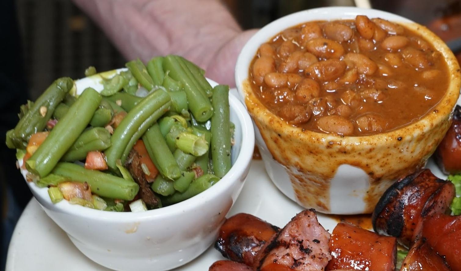 rib hut El Paso beans