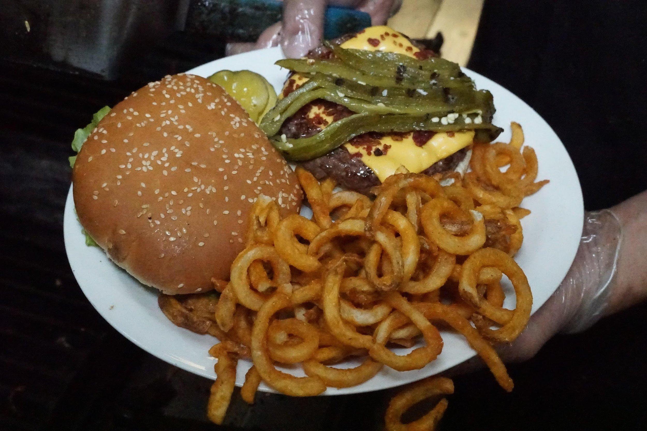 rib hut El Paso black Angus burger