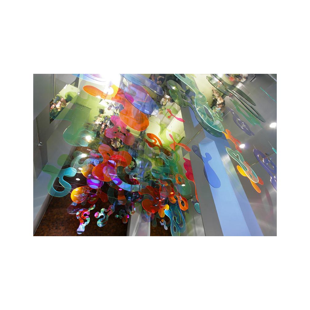 02_Emulated Flora_220 cms x 828 cms x 1104 cms__Plexiglas and mirrored stainless steel_permanent sculpture_70 Washington Street_ DUMBO_ Brooklyn_2006.jpg