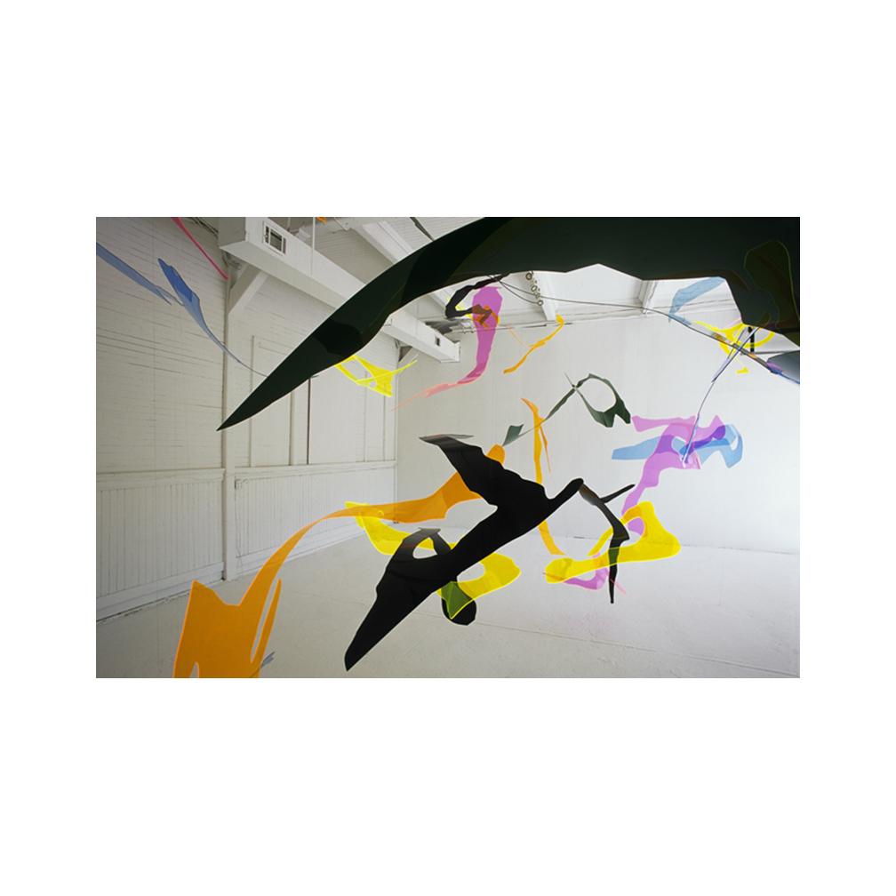 23_Islip Museum_Mellow Summer_plexiglas and monofilament line_500 cm x 600 cm x 400 cm_2004.jpg