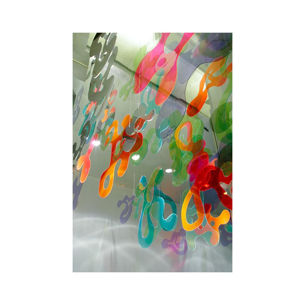 12_Emulated Flora_220 cms x 828 cms x 1104 cms__Plexiglas and mirrored stainless steel_permanent sculpture_70 Washington Street_ DUMBO_ Brooklyn_2006.jpg