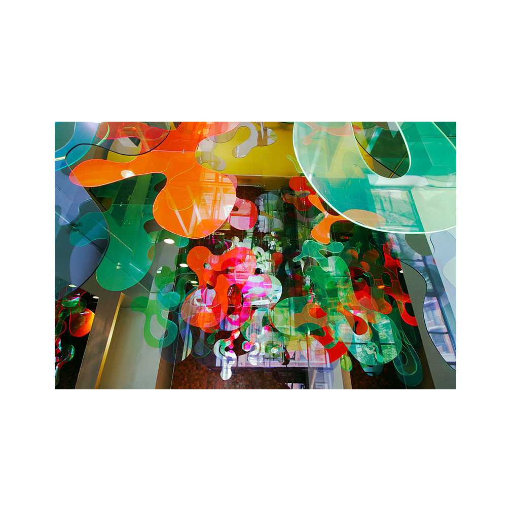 27_Emulated Flora_220 cms x 828 cms x 1104 cms__Plexiglas and mirrored stainless steel_permanent sculpture_70 Washington Street_ DUMBO_ Brooklyn_2006.jpg