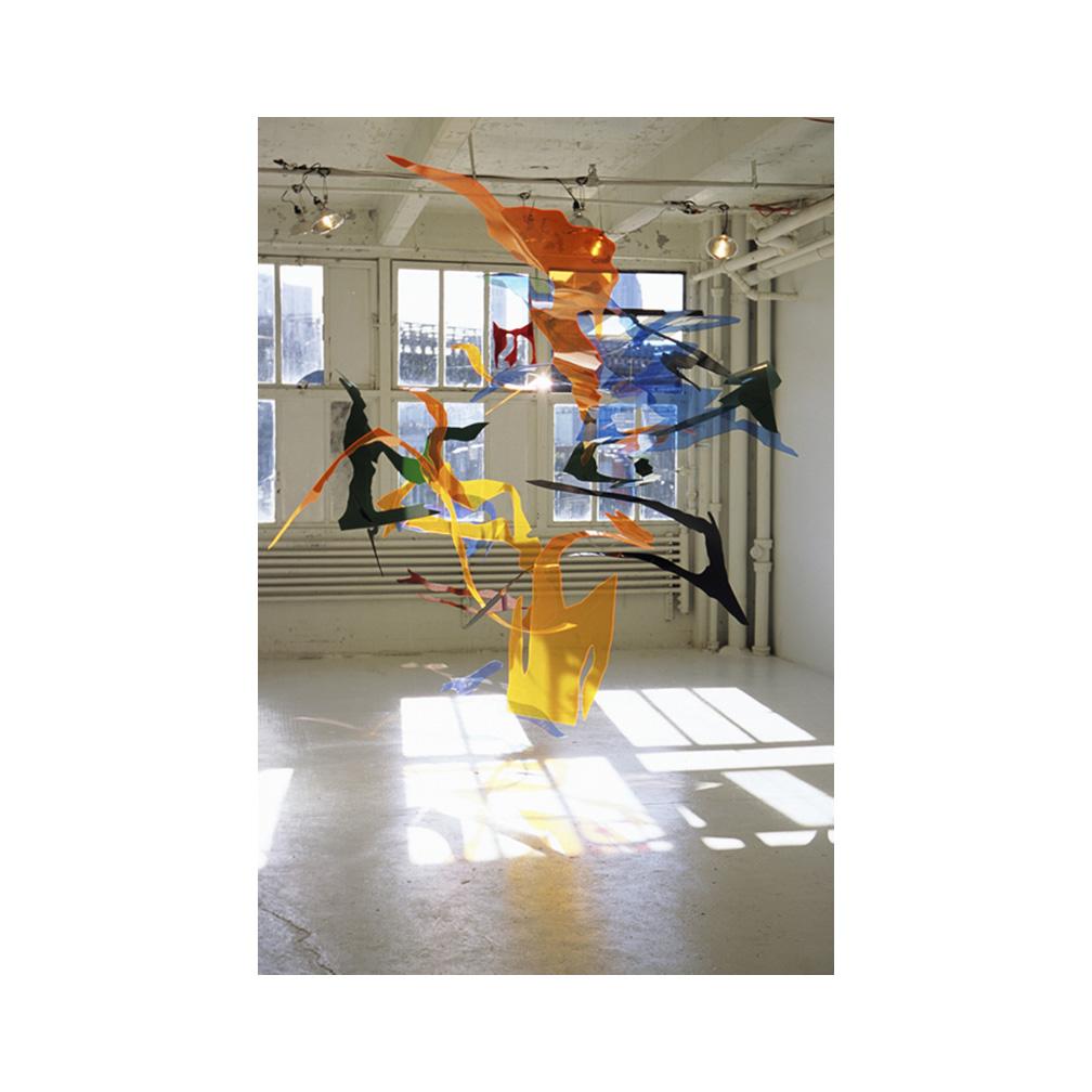08_Triangle Studio Exhibition_plexiglas and monofilament line_700 cm x 500 cm x 400 cm _2004 (15).jpg