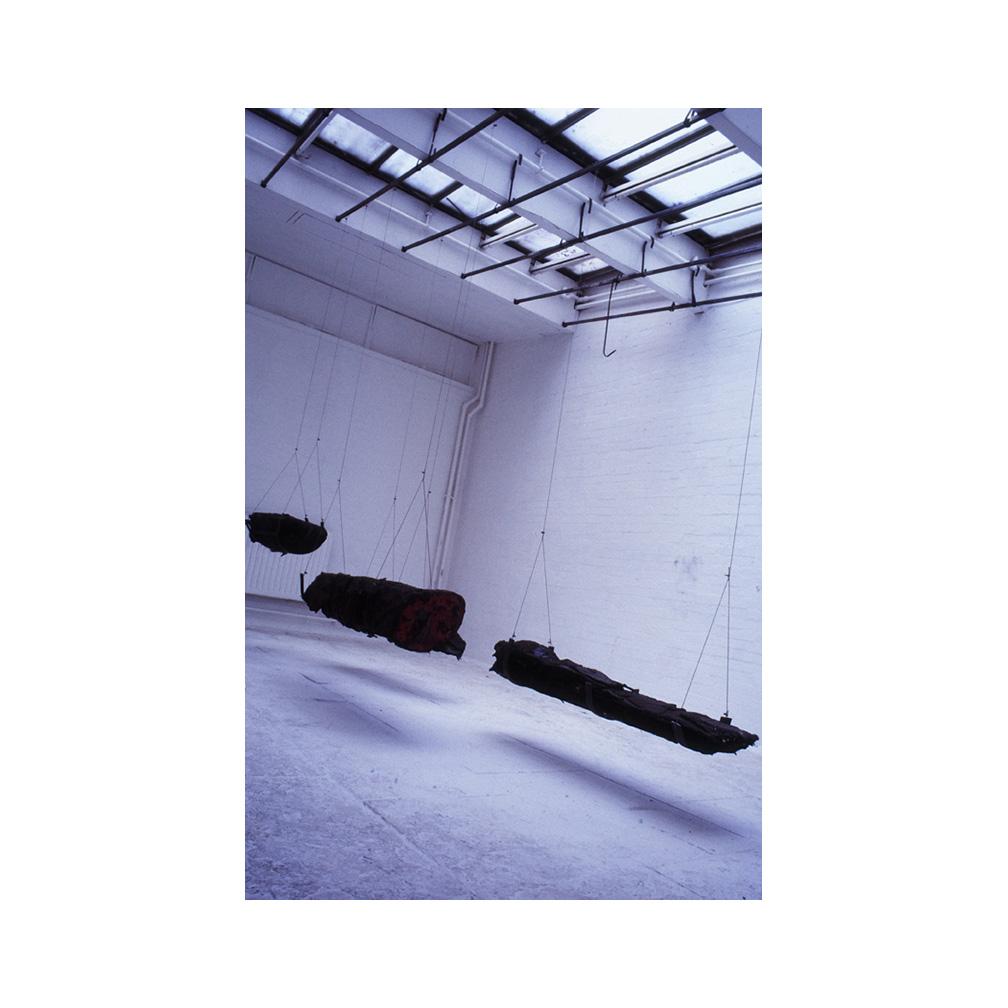 09_Dravska_ bitmen and ashfelt _600cm x 400 cm x 300 cm _ temporary installation.jpg