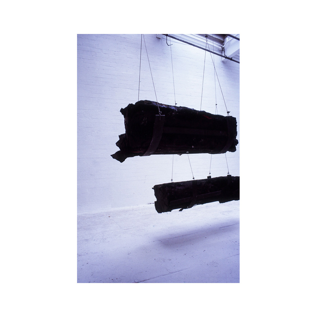13_Dravska_ bitmen and ashfelt _600cm x 400 cm x 300 cm _ temporary installation.jpg