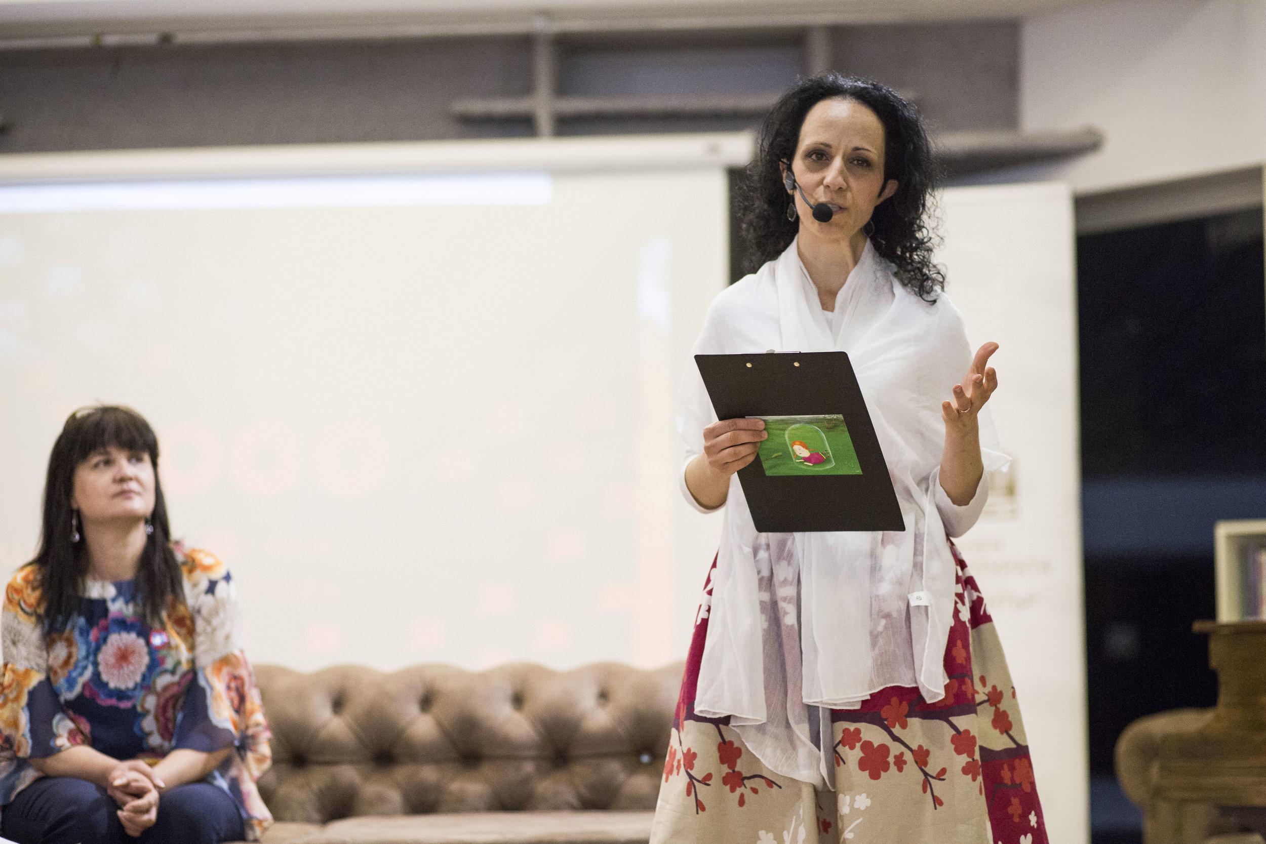 """""""Да бъдем честни и почтени в това да сме разни пред закона, независимо как сме се родили."""" - Надя Шабани, директор на Български център за нестопанско право."""