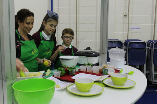 and on the Green team we had; Mrs McNamara, Jake and Annie. They were preparing a curried chick peas with cous cous.