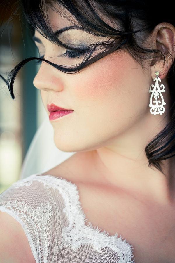 bmoct 2012_earrings_001.jpg