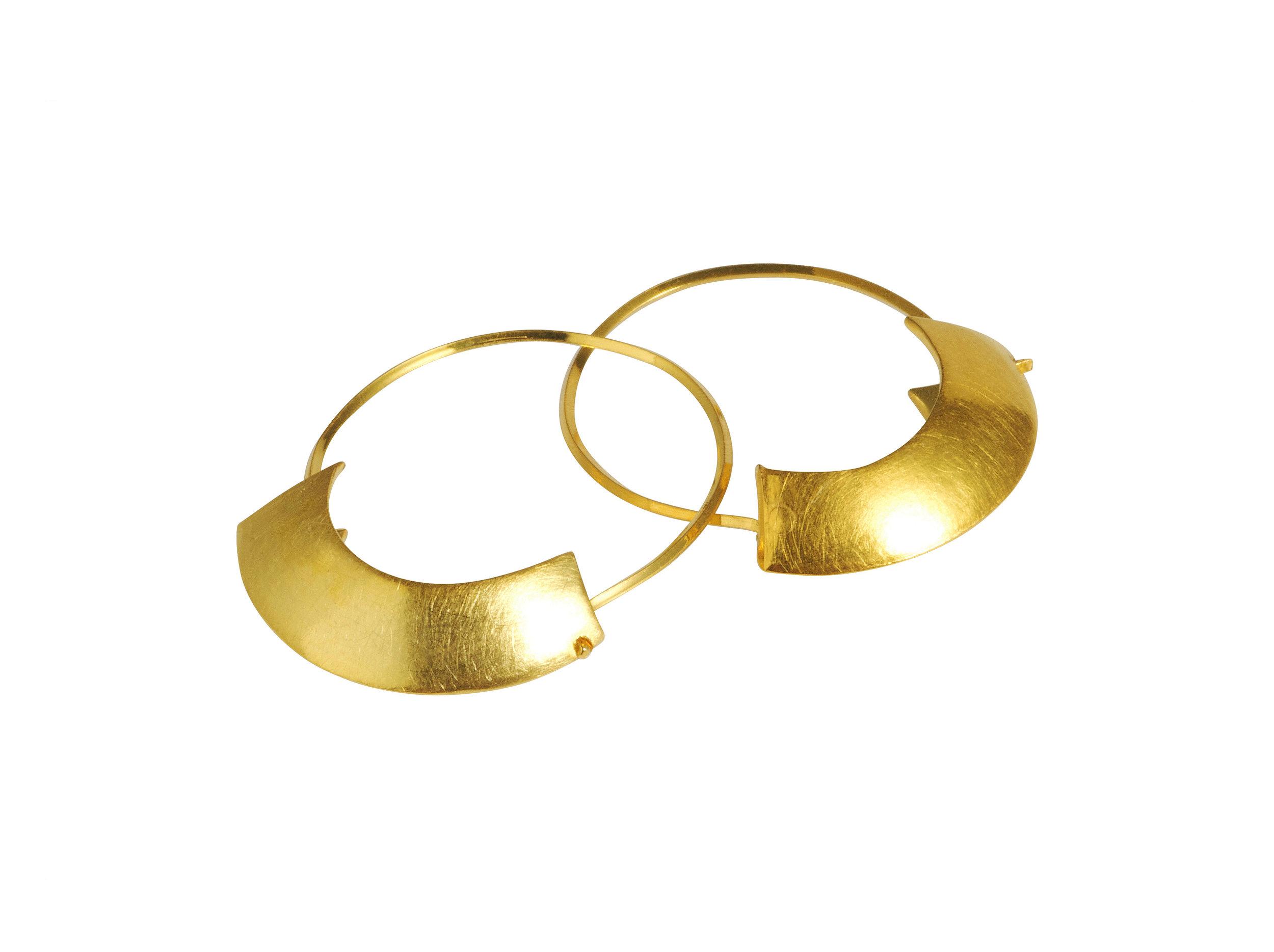 rift earrings