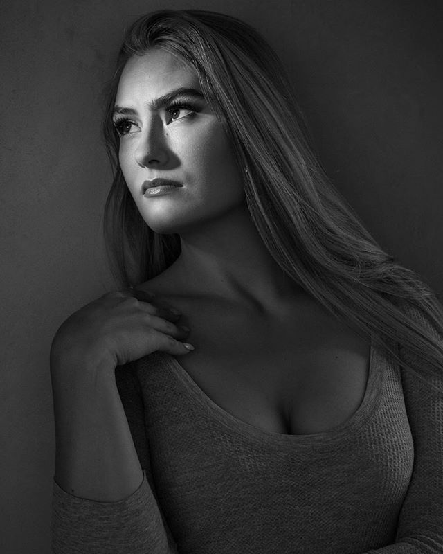 Recent #studioshoot.  #studioportrait #seattlephotographer #blacknwhite #lucienography #blackandwhite #portraitphotographer #noir #noirtrait