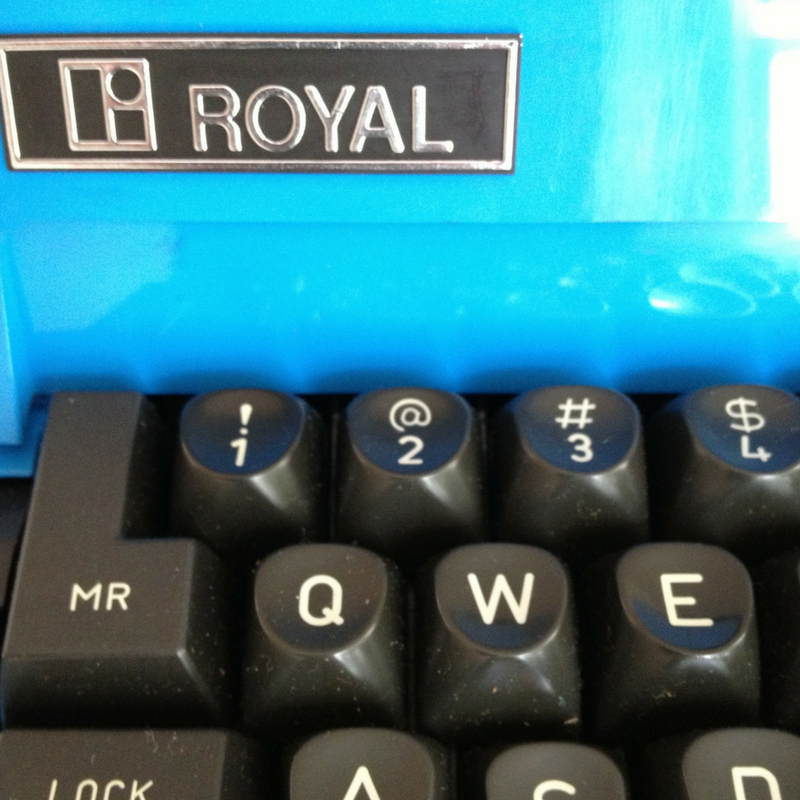 Royal Typewriter.png