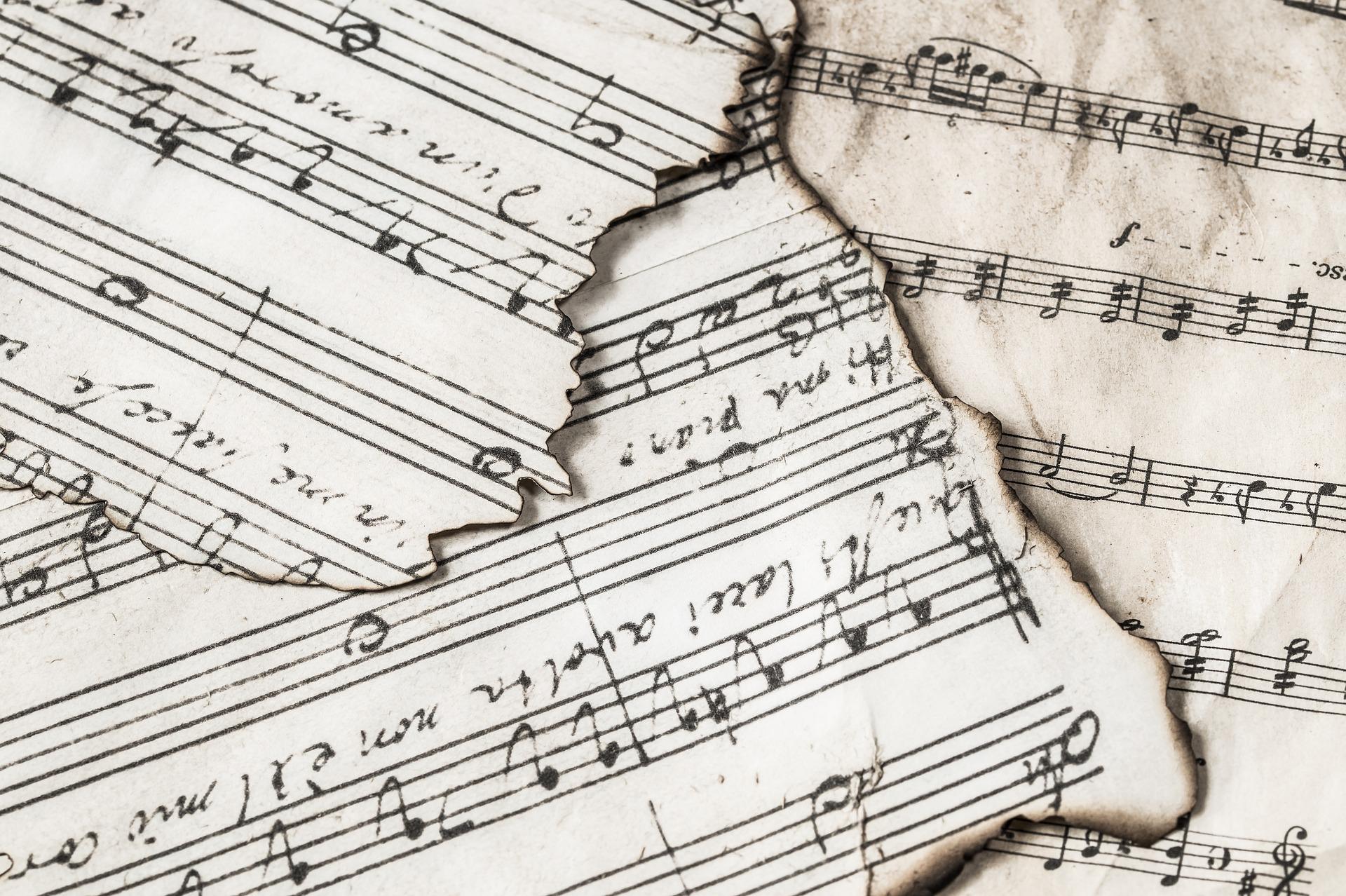 music-notes-3221097_1920.jpg
