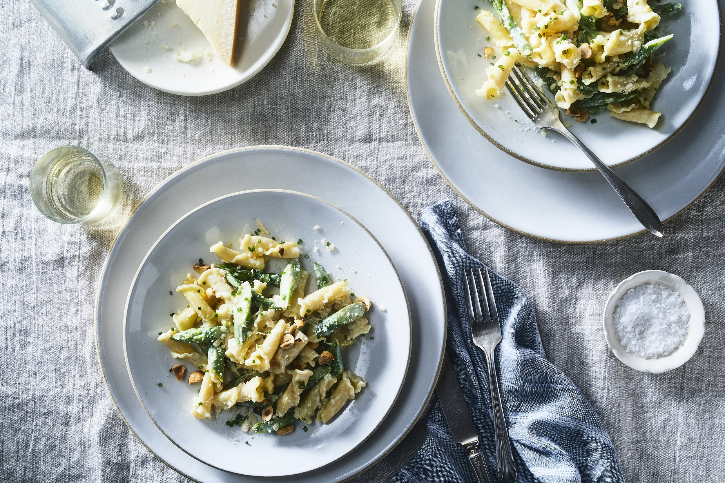 2018-0419_campanelle-with-asparagus-hazelnuts-and-mascarpone_3x2_julia-gartland_375.jpg
