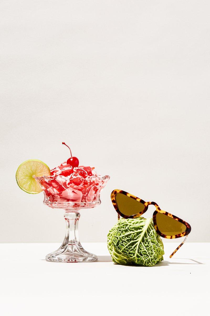 Ecomm_StillLife_Sunglasses_toirtose_1200x1200.jpg