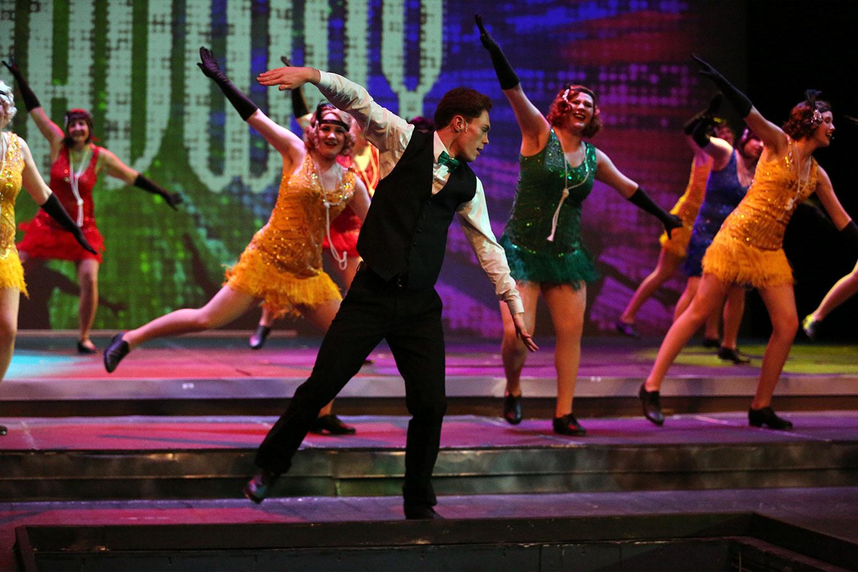 Act 2 Scene 4 – Broadway Melody