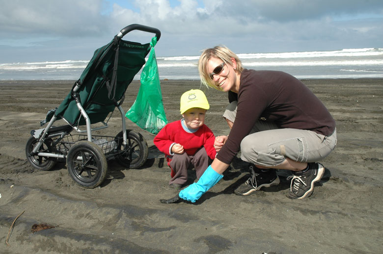 Beach-Cleanup-Youngest-def.jpg