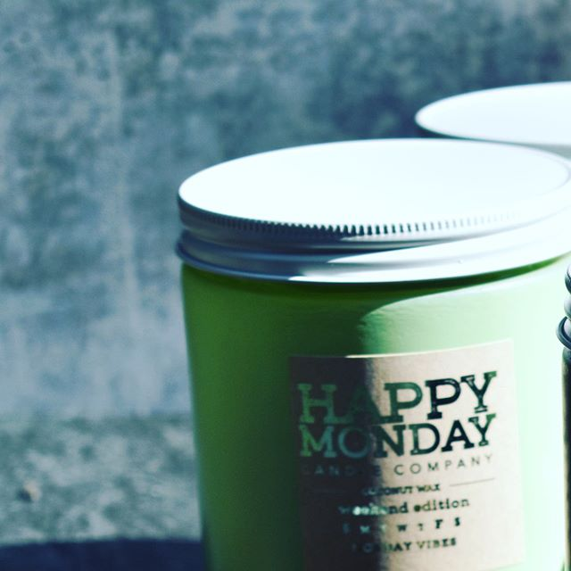 • Pouring our positives vibes, one batch at a time! • #happymondaycandleco #candles #coconutwax #blackbusinesswomen #supporttheculture #buyingblack #shoplocal #buylocal #supportsmallbusiness