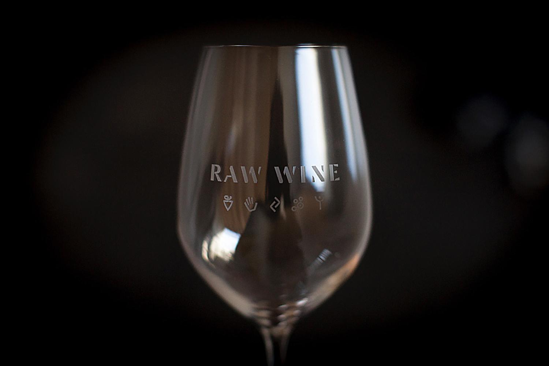 CounterStudio_RawWine_Glass.jpg