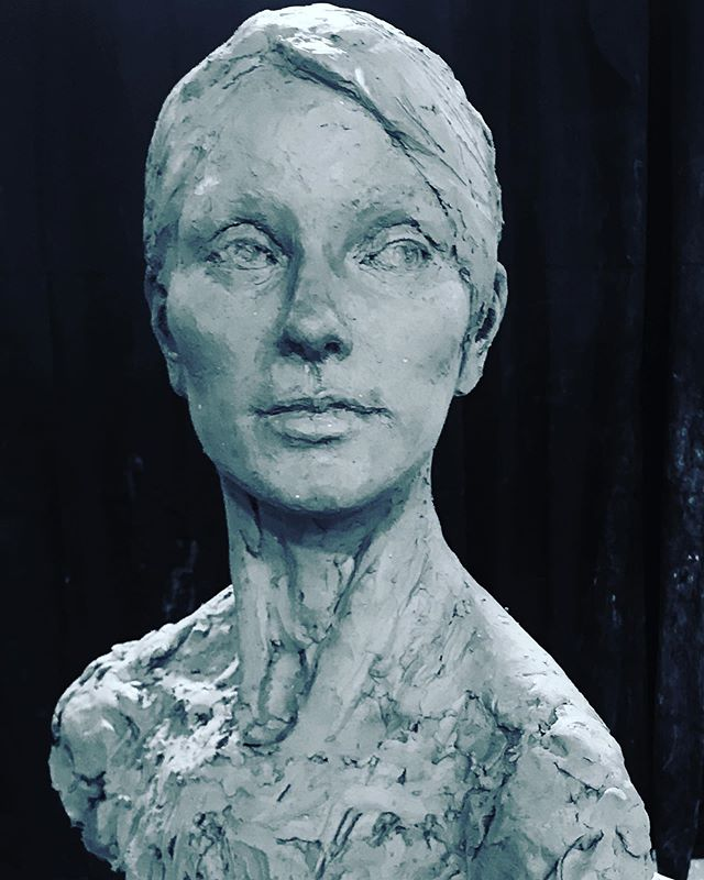 Quick sketch, 3 ½ days  #portraitsculpture #claysculpture #classicalrealism #figurativesculpture #contemporarysculpture #contemporaryart