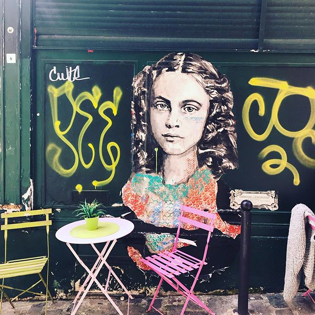 Street art and posters in Paris.  #oui #paris #artistinparis #contemporaryart #streetart