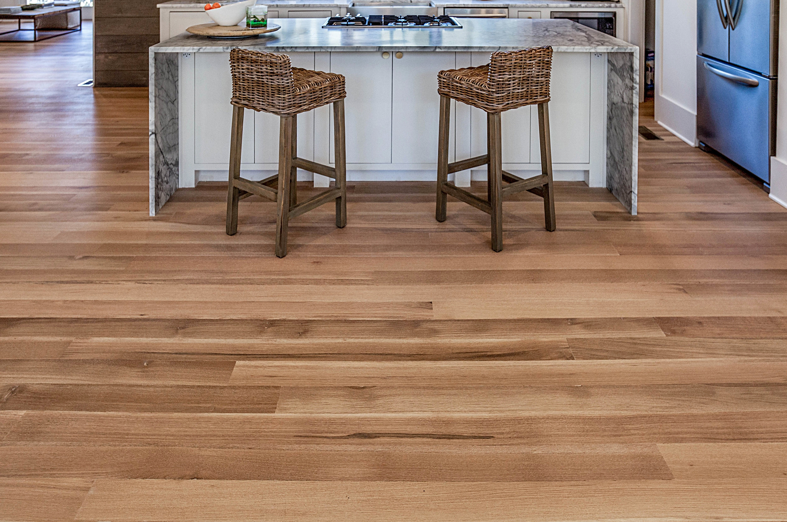 White Oak, Wide Plank Rift and Quarter Sawn