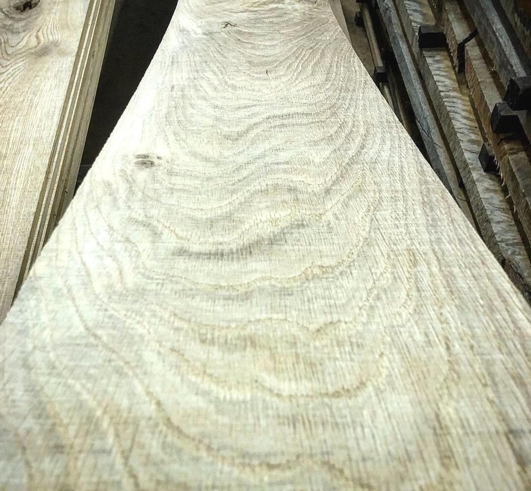 White Oak, Curly