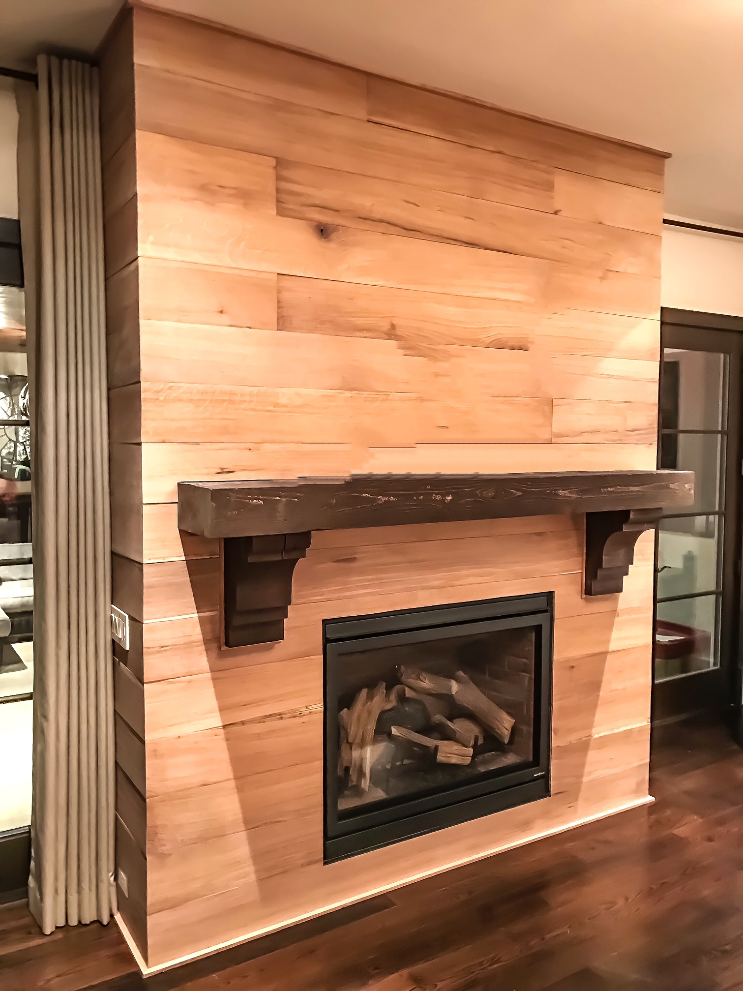 Eutree Forest Free White Oak Fireplace Paneling Habachy Designs & Atelier.JPEG