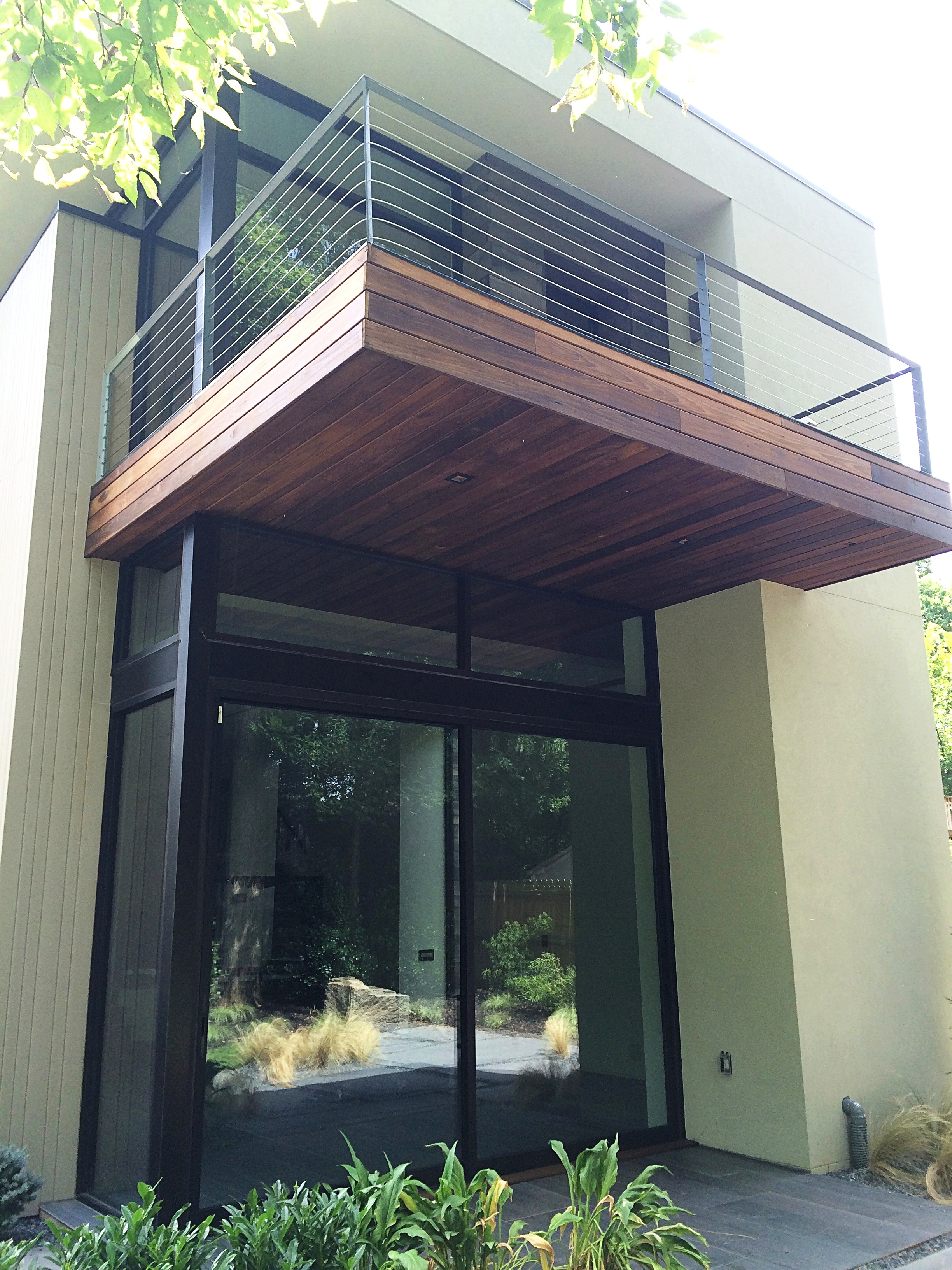 West+Architecture+Eutree+Forest+Free+white+oak+outdoor+siding+and+thermo+poplar+decking