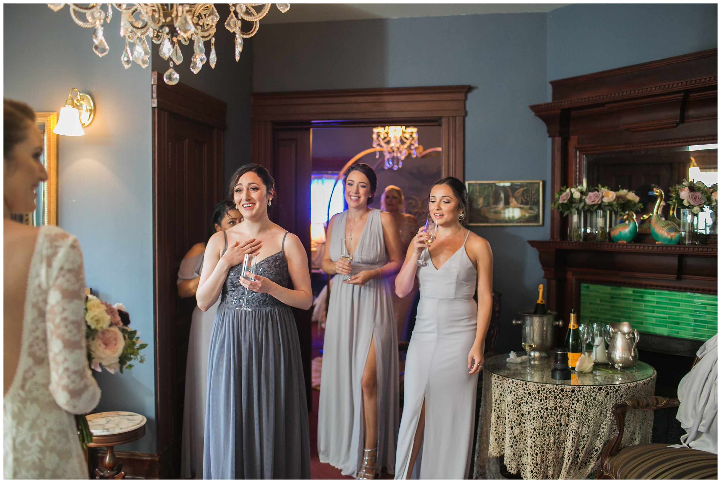 chic-christmas-house-wedding-getting-ready-carrie-vines-_0011.jpg