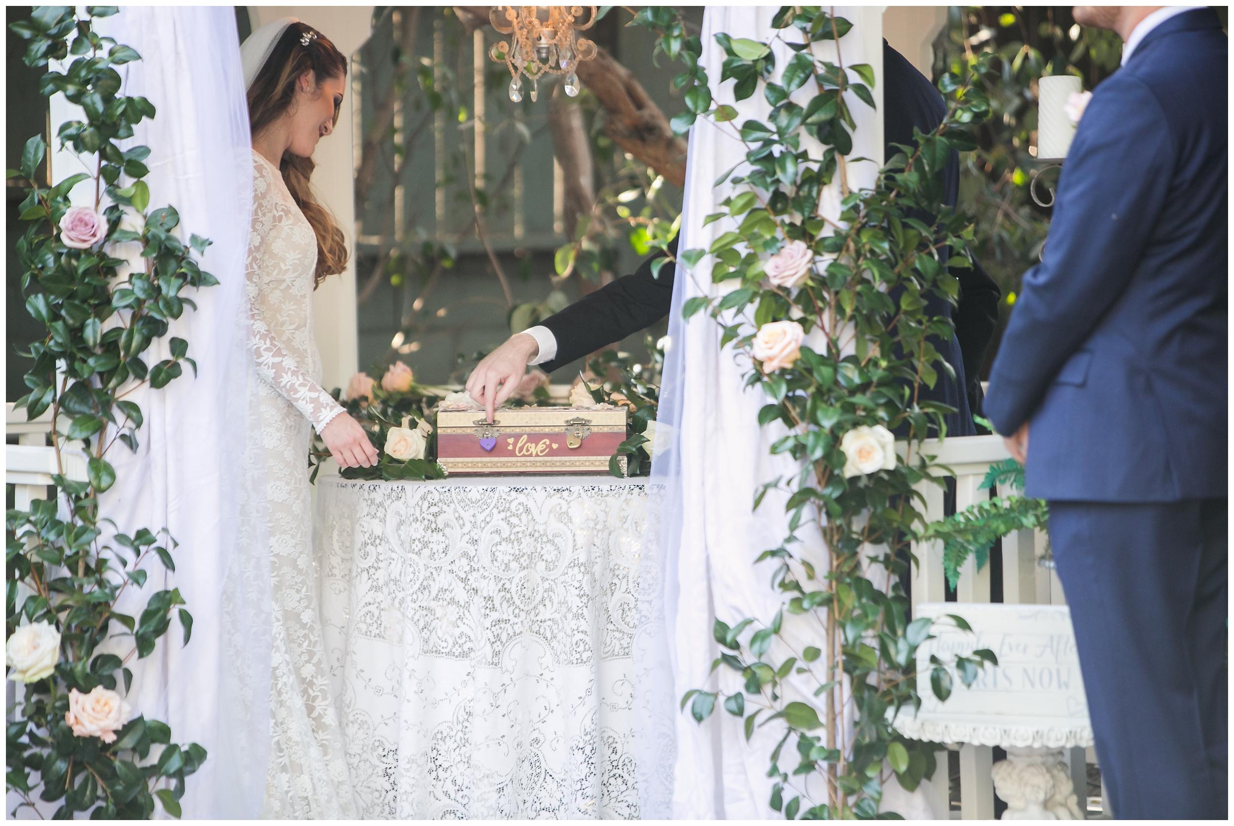 chic-christmas-house-wedding-ceremony-carrie-vines-011.jpg
