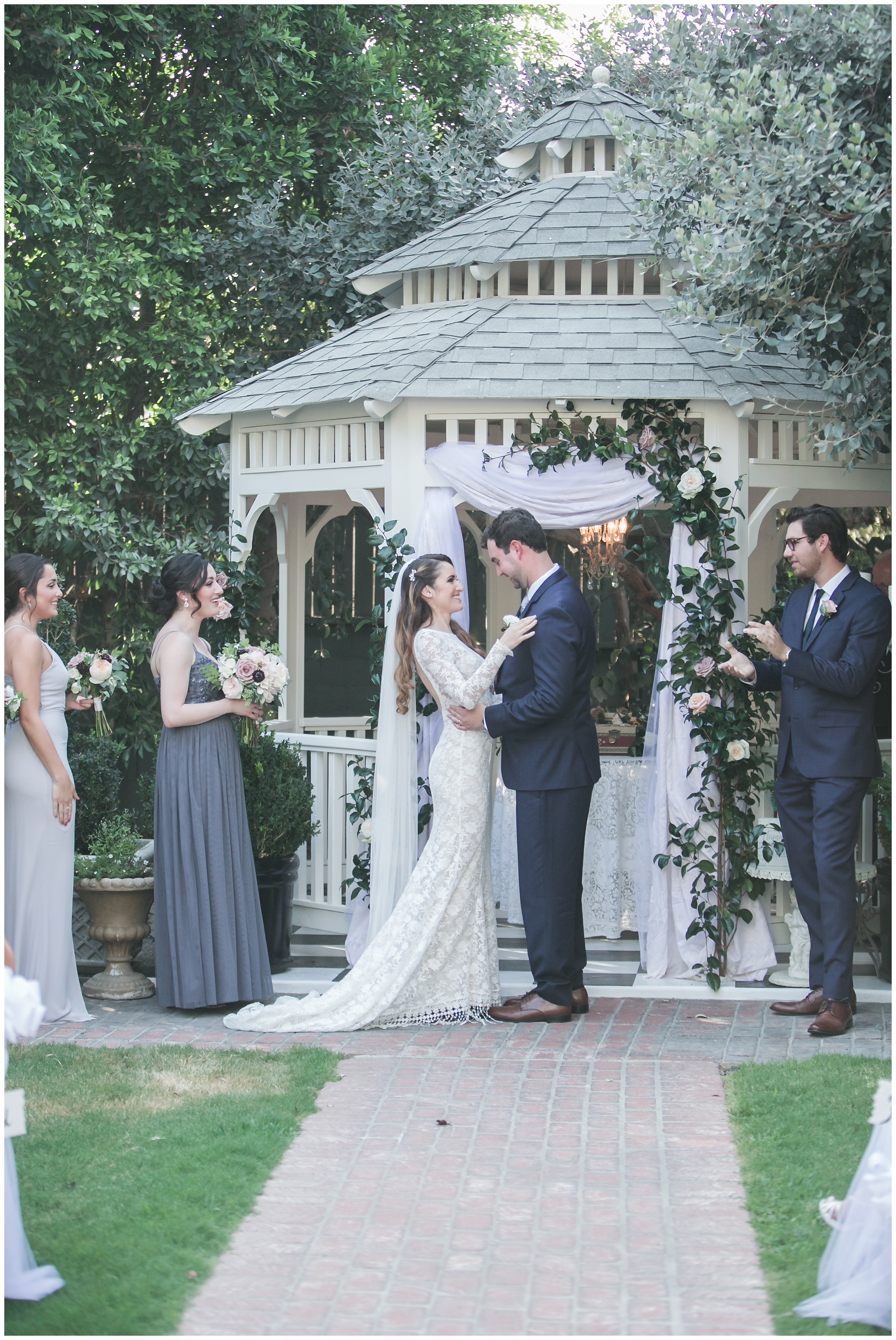 chic-christmas-house-wedding-ceremony-carrie-vines-014.jpg