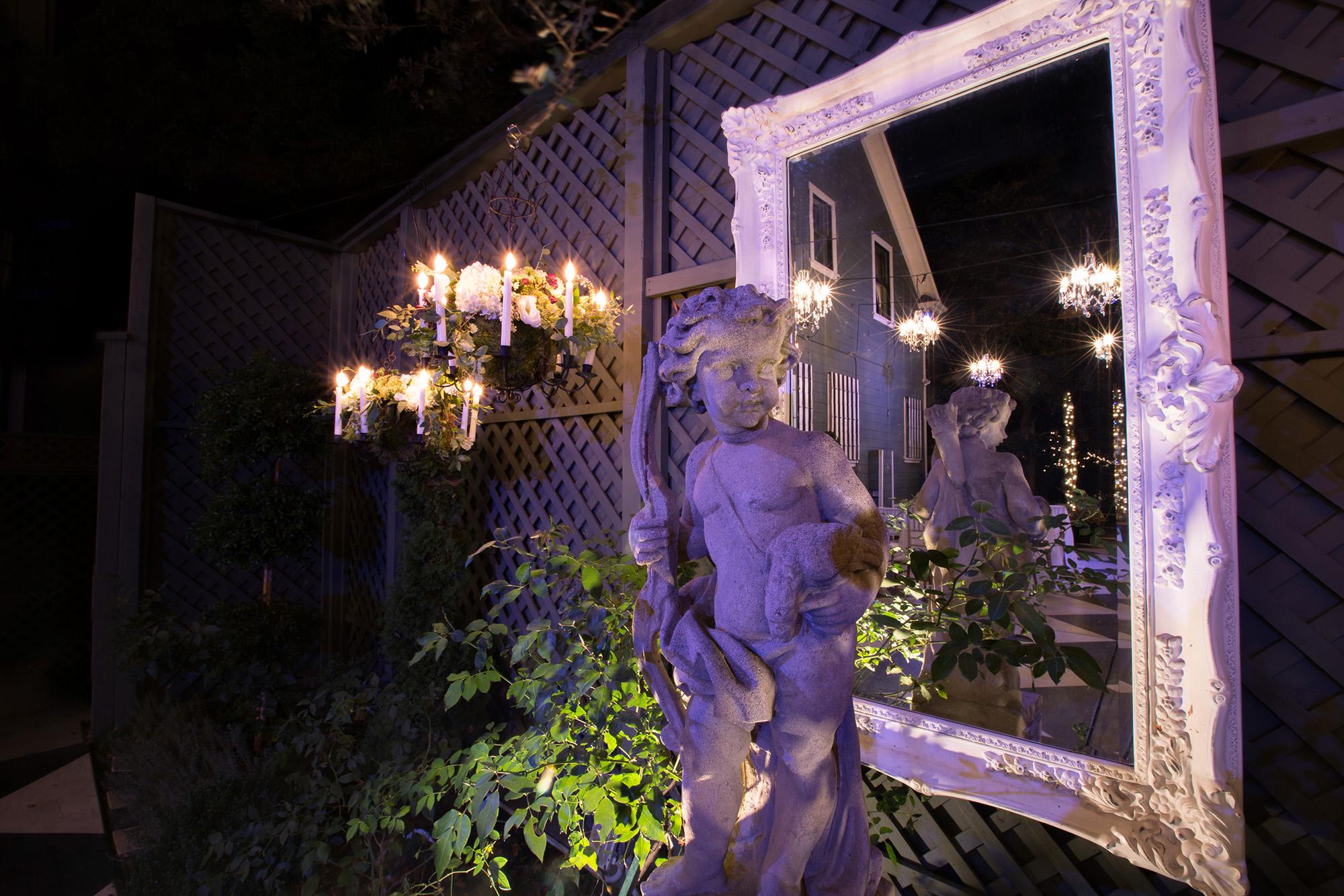 christmas-house-weddings-receptions-carrie-vines-003.jpg