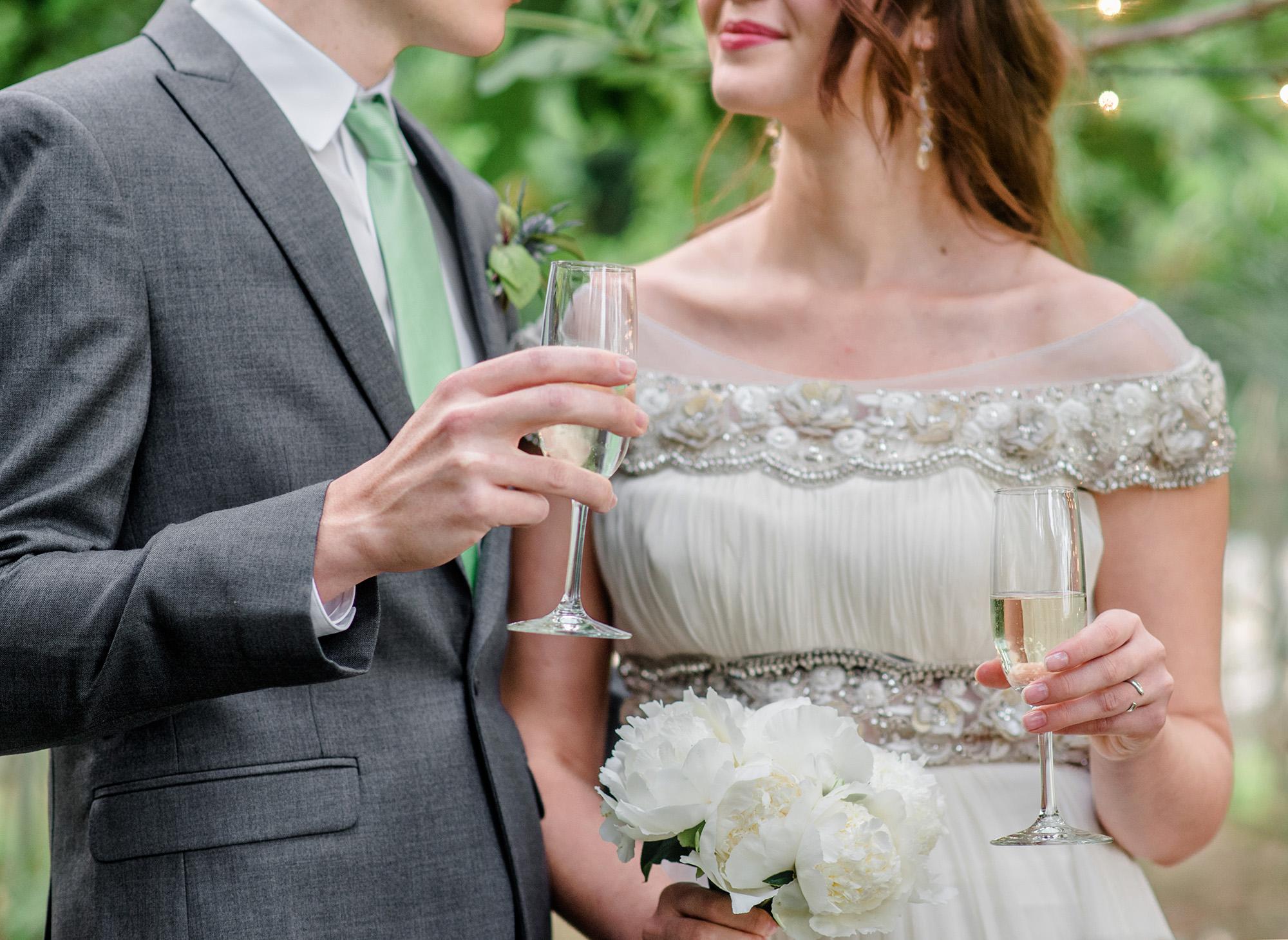 christmas-house-weddings-receptions-carrie-vines-073.jpg
