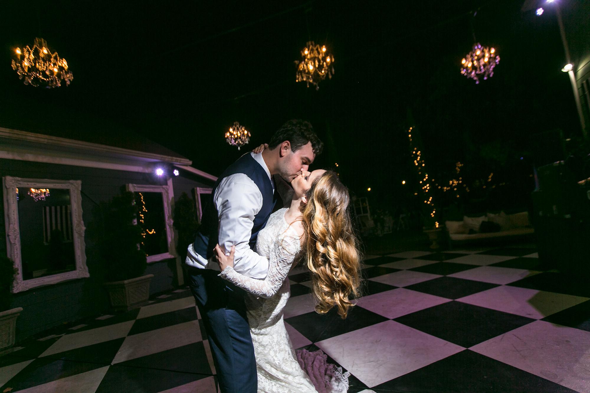 christmas-house-weddings-receptions-carrie-vines-102.jpg
