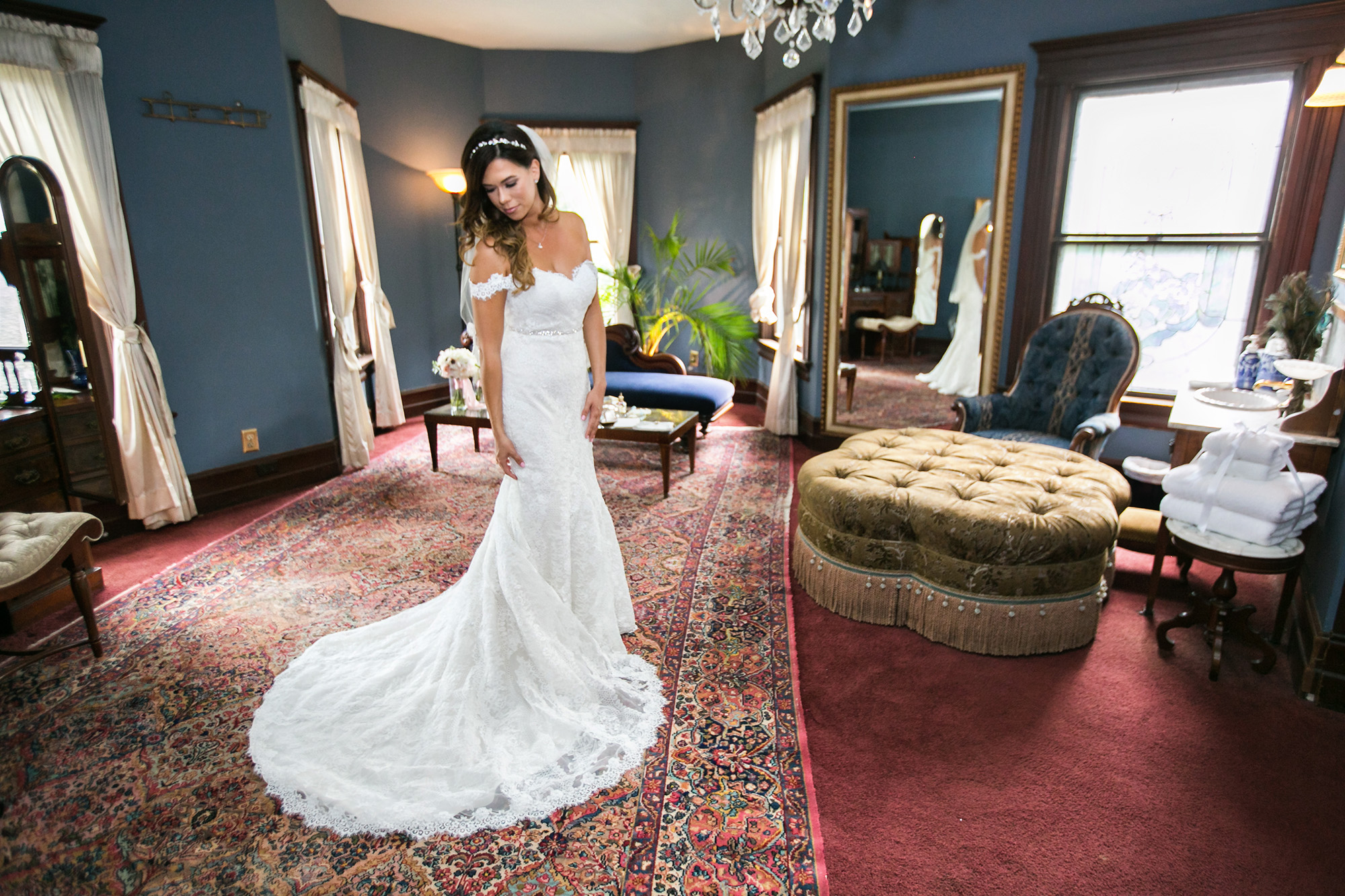 christmas-house-weddings-receptions-carrie-vines-108.jpg