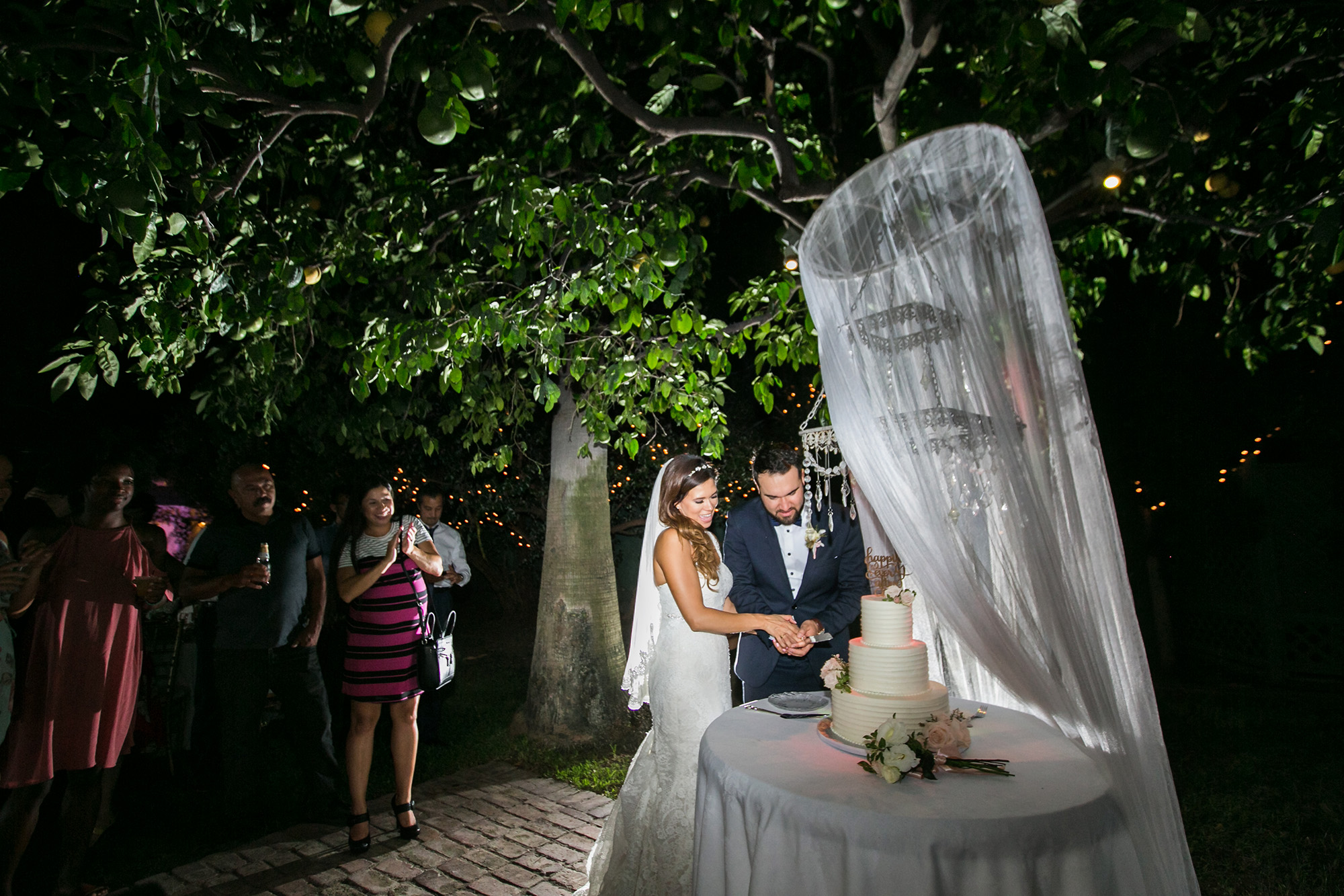 christmas-house-weddings-receptions-carrie-vines-118.jpg