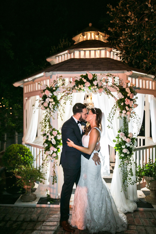 christmas-house-weddings-receptions-carrie-vines-120.jpg