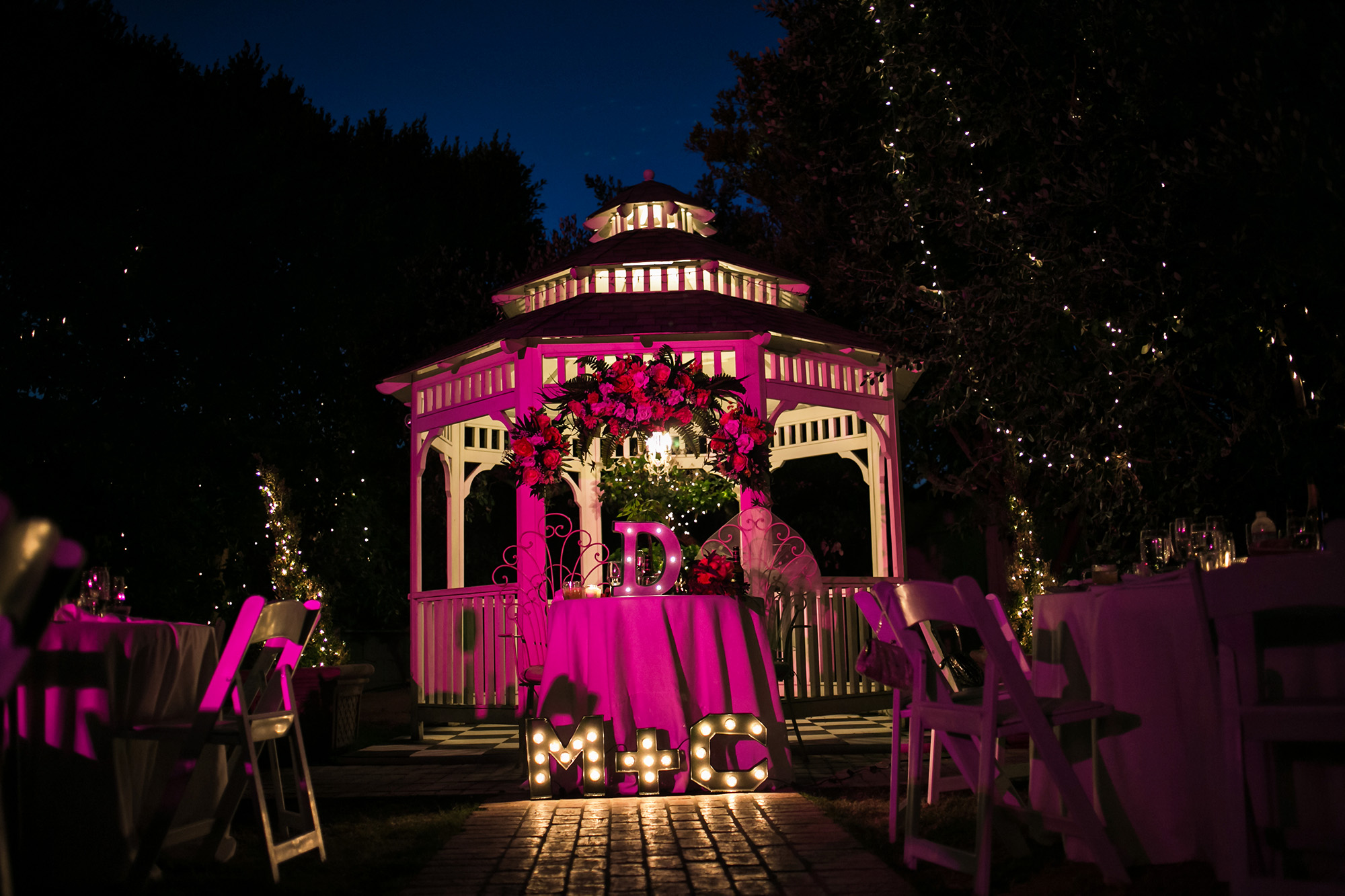 christmas-house-weddings-receptions-carrie-vines-145.jpg