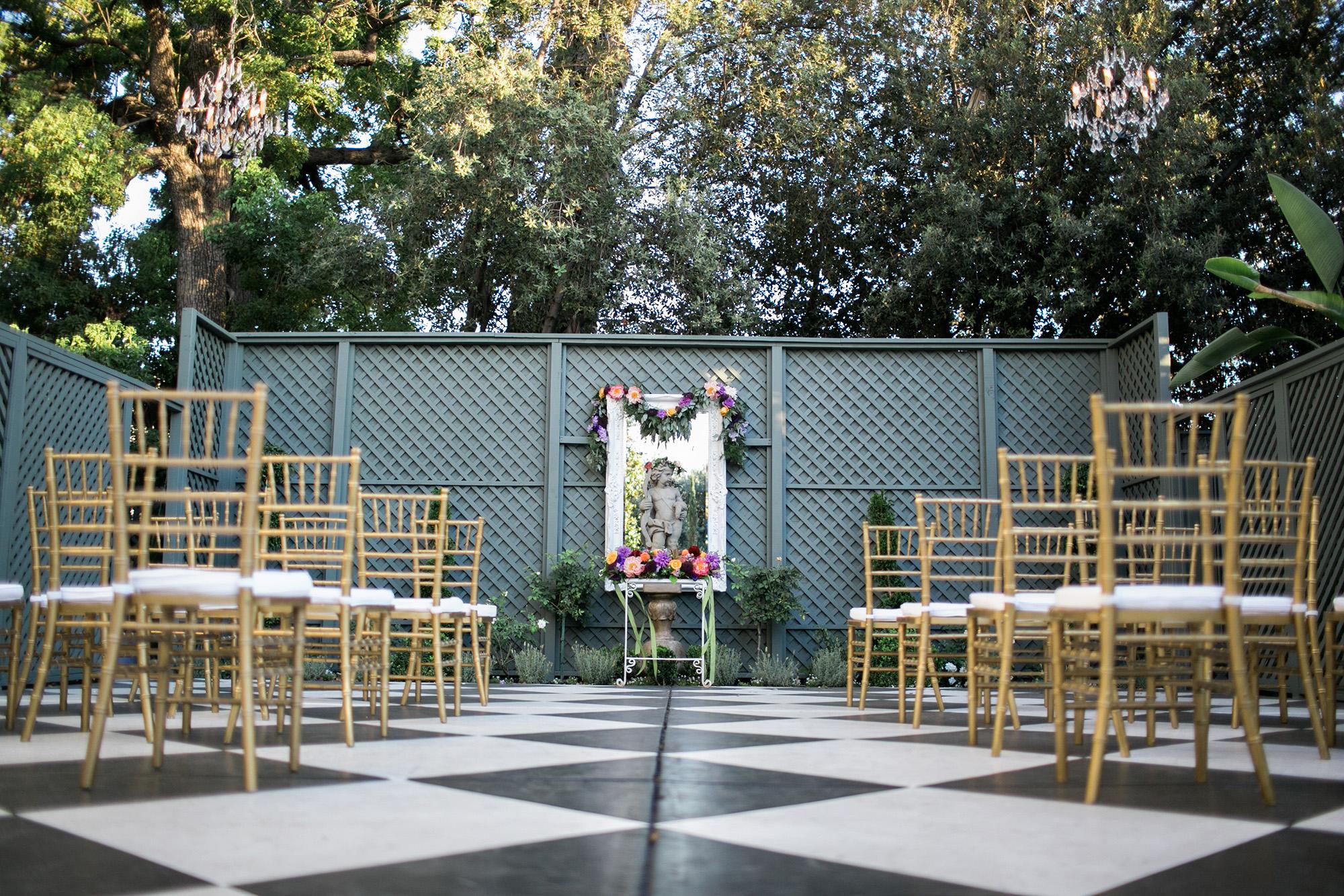 christmas-house-weddings-receptions-carrie-vines-150.jpg